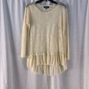 Saks fifth Avenue cream lace shirt mid sleeve